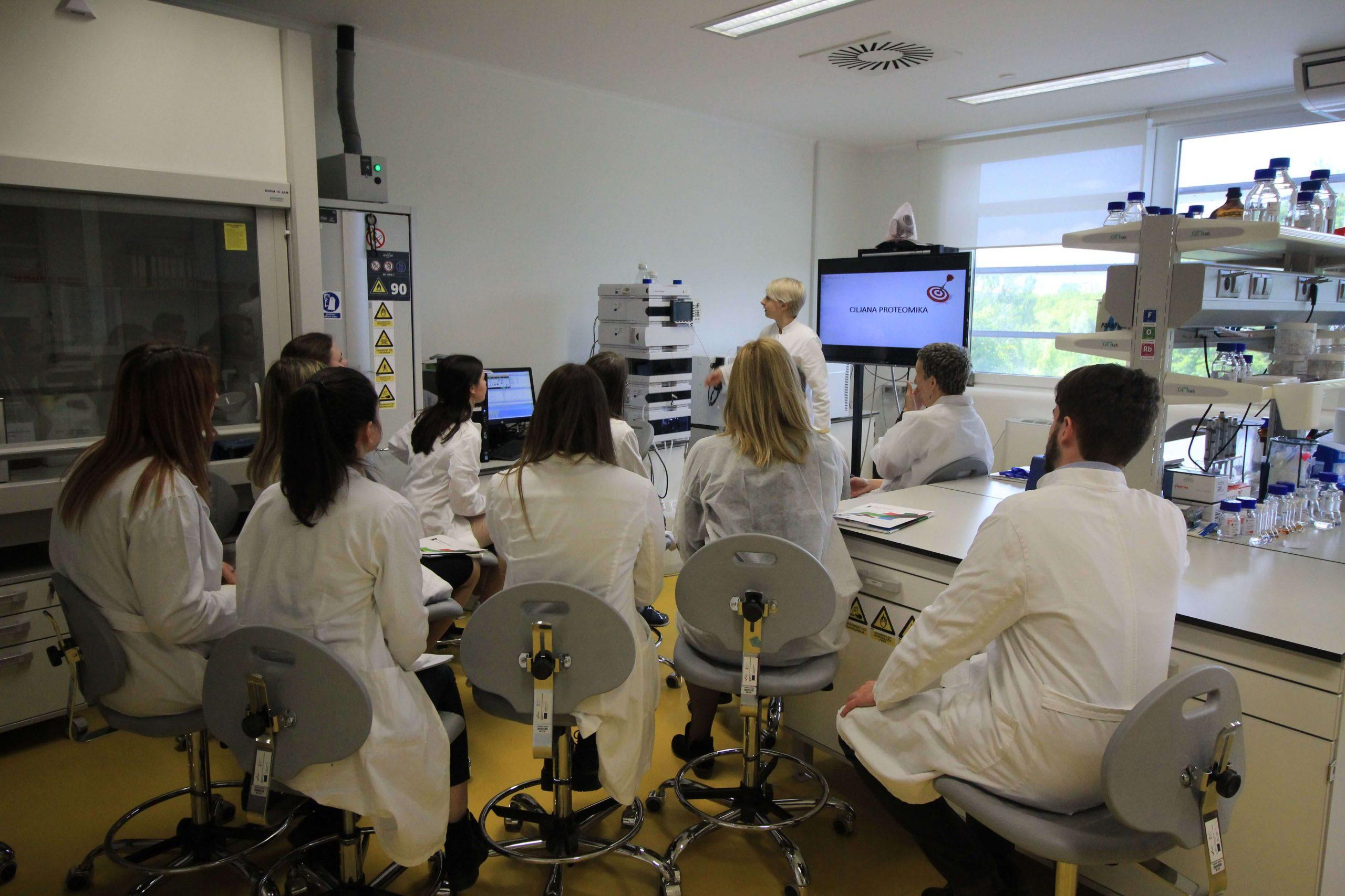 Studenti Iz Splita Analiza Identifikacija I Kvantifikacija Proteina 4 Scaled